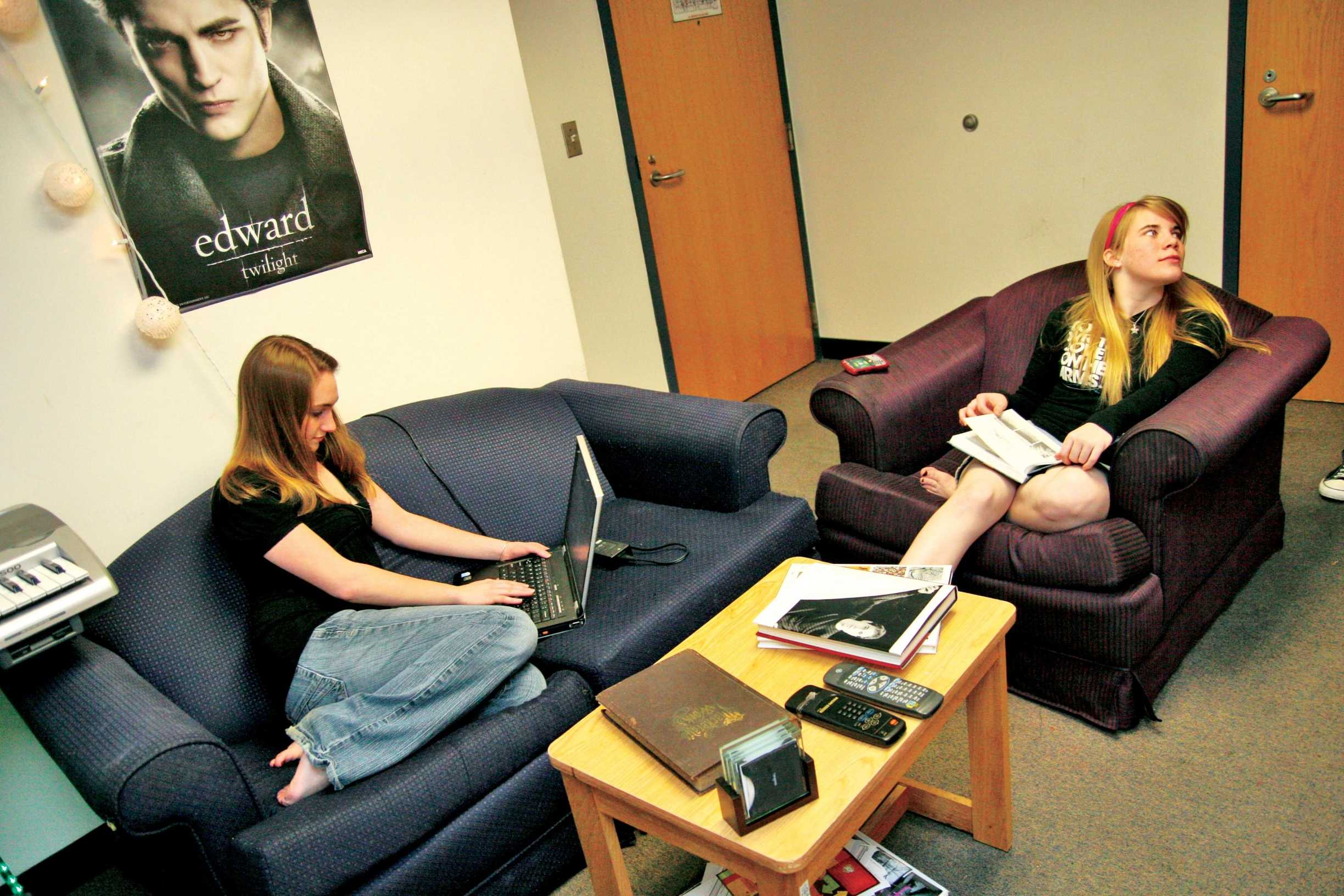 Feb. 6, 2009. carrollton hall roommates Chelsea Ormon, business management sophomore, and music industry sophomore Bethany Wilde do homework in their residence suite.