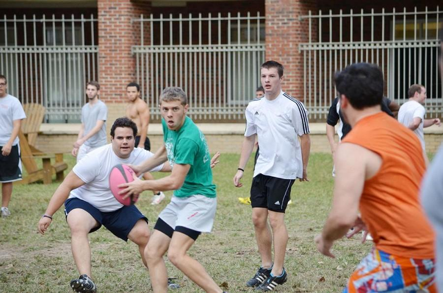 The+rugby+team+practices+in+the+res+quad+after+dominating+South+Alabama.+The+rugby+team+beat+South+Alabama+56+to+5+in+its+first+game.