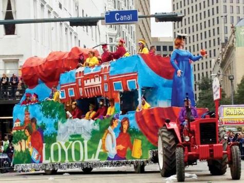 Centennial float wows in Tucks parade