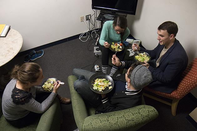Students break bread with friends this Thanksgiving, forging strong communal bonds and saving money, by savoring dorm life.