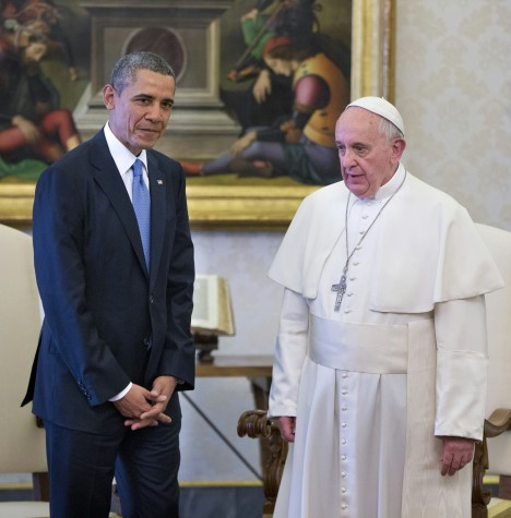 In this photo taken March 27, 2014, President Barack Obama meets with Pope Francis at the Vatican. When Pope Francis arrives in the United States, he will get an airport welcome that few world leaders have ever received: a plane-side greeting from President Barack Obama and his wife, Michelle. The extraordinary gesture on Sept. 22 is just the beginning of the pomp and protocol that will be on display as Washington welcomes the popular leader of the world�s 1.2 billion Roman Catholics and the head of Vatican City. (AP Photo/Pablo Martinez Monsivais)