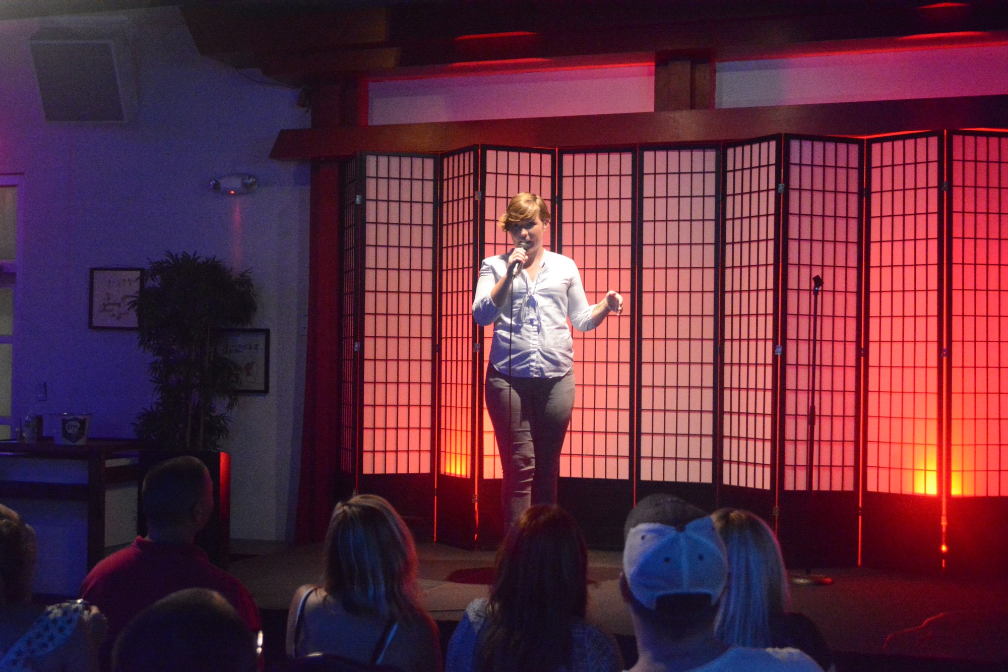 Laura Sanders performing a set at Barcadia. Barcadia has hosted many female comics during their biweekly open-mic events Photo credit: Davis Walden