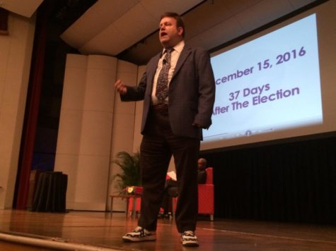 Pollster Frank Luntz cites anger as reason for Trump election in Loyola lecture