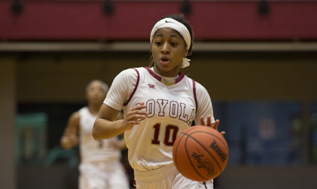 Mass communication senior Zoie Miller (10) commanding the Wolf Pack offense against Middle Georgia State university Feb. 3 2018. Miller now stands in 8th place in scoring and 10th in assist for the program. LOYOLA NEW ORLEANS ATHLETICS/Courtesy