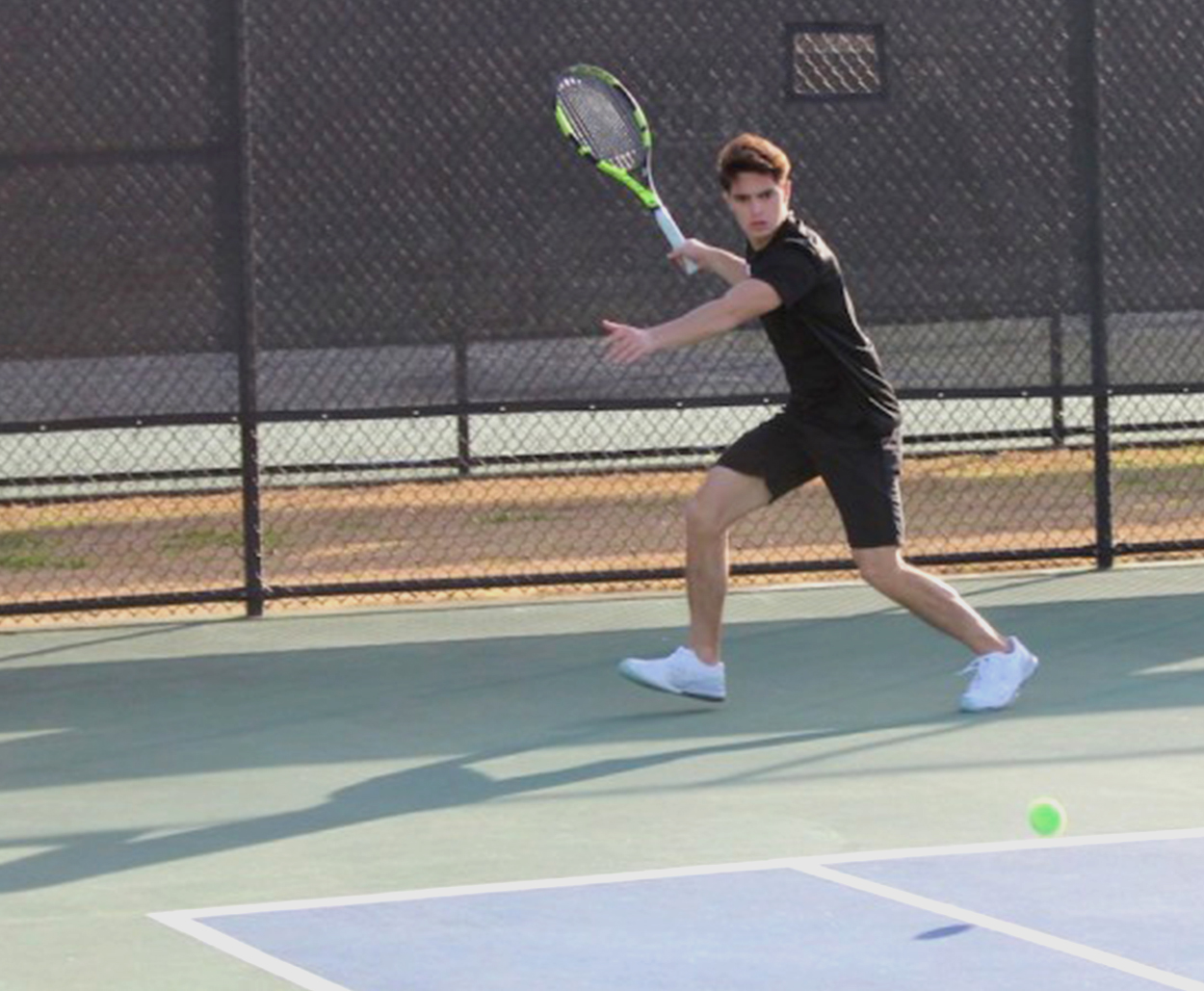Loyola tennis teams find success at SSAC Roundup