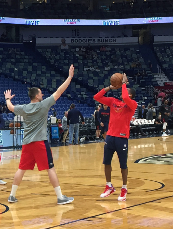 The New Orleans Pelicans warm up before facing off the Miami Heat at the Smoothie King Center Feb. 23 2018. The Pelicans are riding a sic game win streak and are now sitting as the fifth seed in the Western Conference. ALBERT DUPONT/The Maroon.