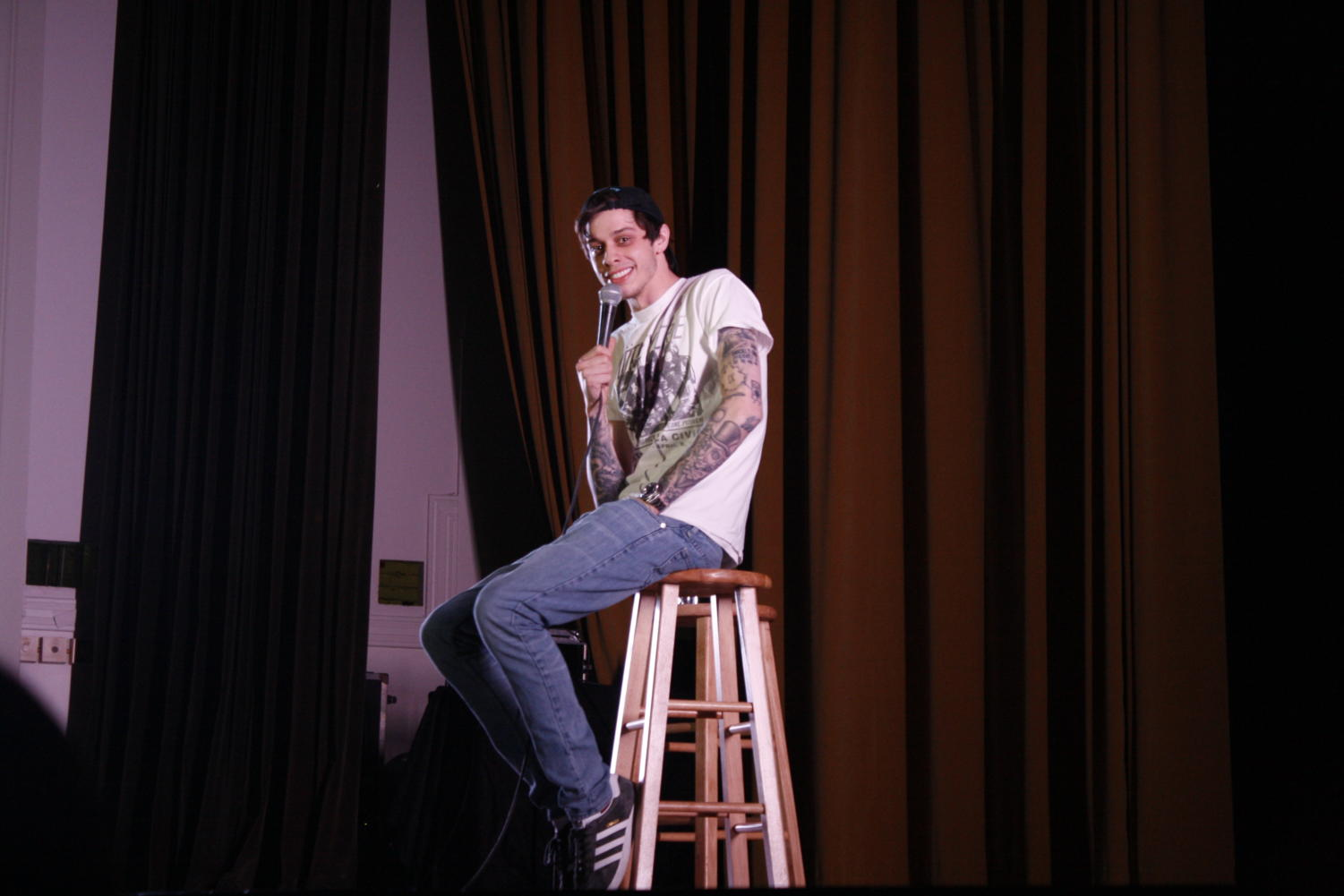"Comedian-actor, Pete Davidson tells Tulane students a story about his interesting life journeys that he had along the way of ""making it."" Photo credit: Rhon Ridgeway"