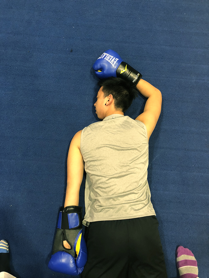 """While taking on boxing in Loyola's University Sports Complex, sports columnist JC Canicosa did not exactly """"float like a butterfly."""" However, he found a """"hidden gem"""" where students can spend an afternoon. Photo credit: Jose Taveras"""