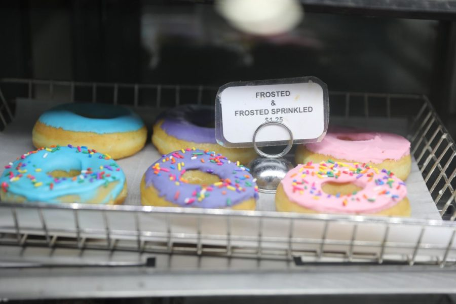 Frosted+sprinkles+are+among+the+best+selling+donuts+at+Cop+A+Donut.+Photo+credit%3A+Andres+Fuentes