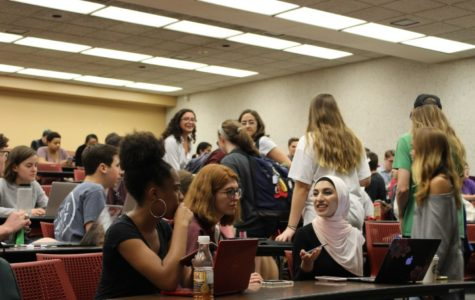 Berendzen announces registration changes at Honors Town Hall