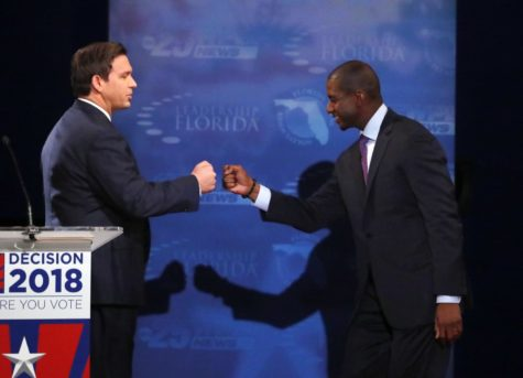 Last stretch on midterm election pressures Democrats