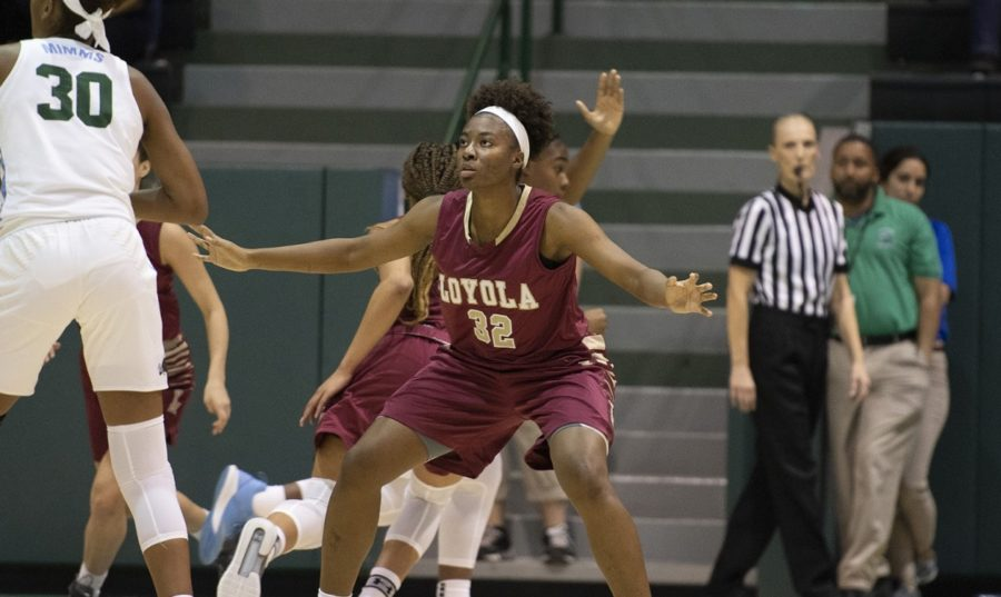 Biology+freshmen+Tera+Snell+guards+the+ball-handler+against+Tulane+University+Oct.+30.+The+Wolf+Pack+lost+the+matchup+against+Brewton-Parker+College+on+Dec.+1.+Photo+Credit%3A+Loyola+New+Orleans+Athletics