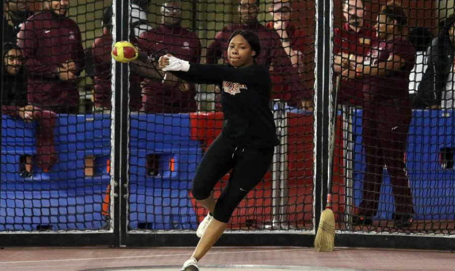 Senior+Taylor+Hagins+kicked+off+Loyola%27s+hot+start+by+setting+a+program-best+record+in+the+weight+throw+with+a+toss+of+13.24+meters.+She+missed+tying+the+school+record+in+the+shot+put+by+.01%2C+with+a+throw+of+10.87+meters.+Photo+credit%3A+Loyola+New+Orleans+Athletics