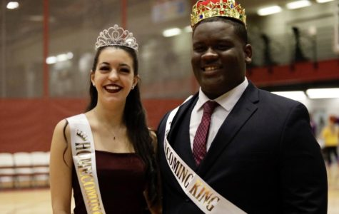 Cheer and dance members win Homecoming crowns