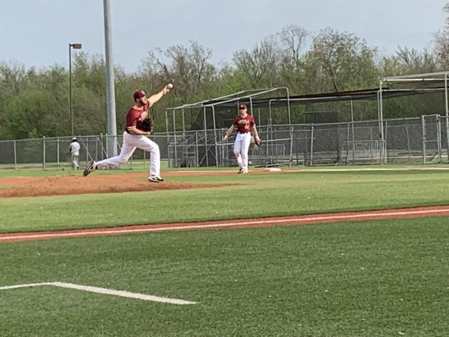 Loyola baseball sweep