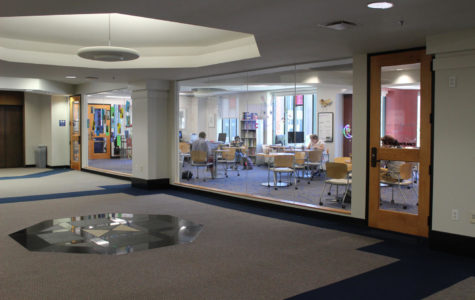 Students are studying in the Student Success Center. Resources like the Center contribute to high graduation rates. Photo credit: Cristian Orellana