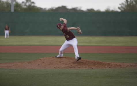 Psychology sophomore Brenden Taravella (10) throws a pitch from the mound at Segnette Field. Loyola lost their final series of the regular season to William Carey. Photo credit: Andres Fuentes