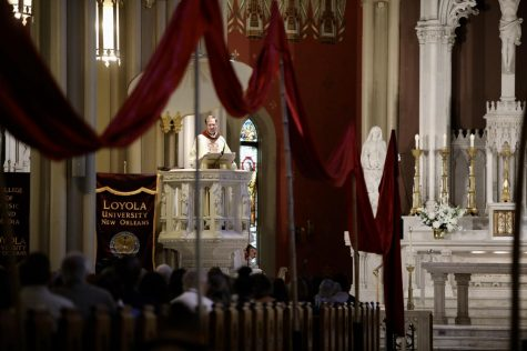 Loyola continues nearly 500 year old Jesuit tradition with Mass of the Holy Spirit
