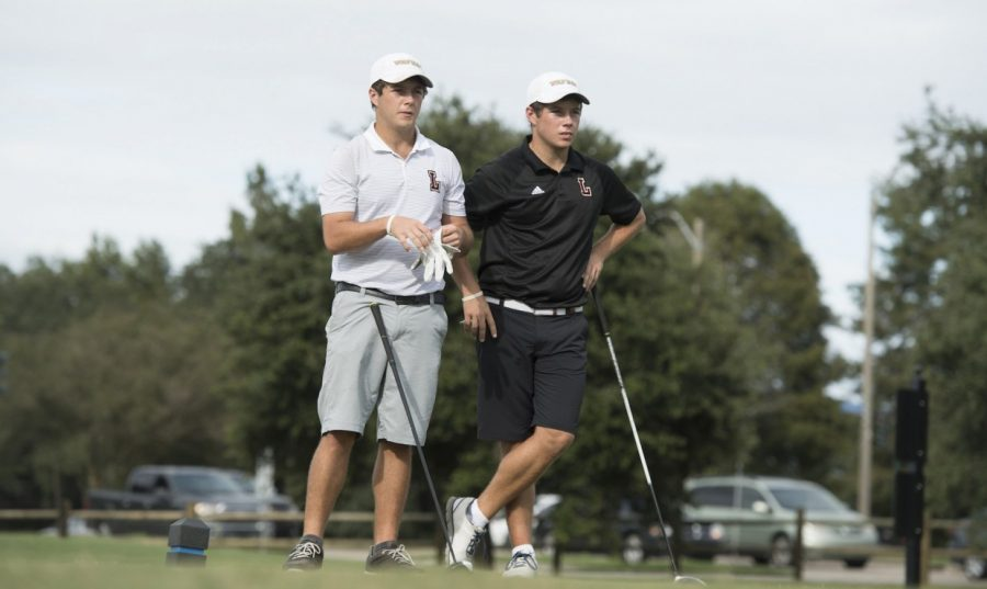 Philip+Nijoka+and+Mark+Nijoka+at+the++Desert+Intercollegiate+on+March+27%2C+2018.+The+Loyola+golf+team+held+fourth+overall+going+into+Sunday.+Photo+credit%3A+Courtesy+of+Loyola+Athletics