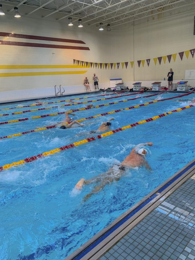 Men's and women's swim teams practice for their meet on Sept. 10,  before the opening meet of the year. The teams opened their season at Ouachita Baptist University  in Arkadelphia, Arkansas on Sept.21. Photo credit: Courtesy of Parker Elliott