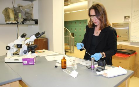 Professor's crime scene experience bleeds out into teaching