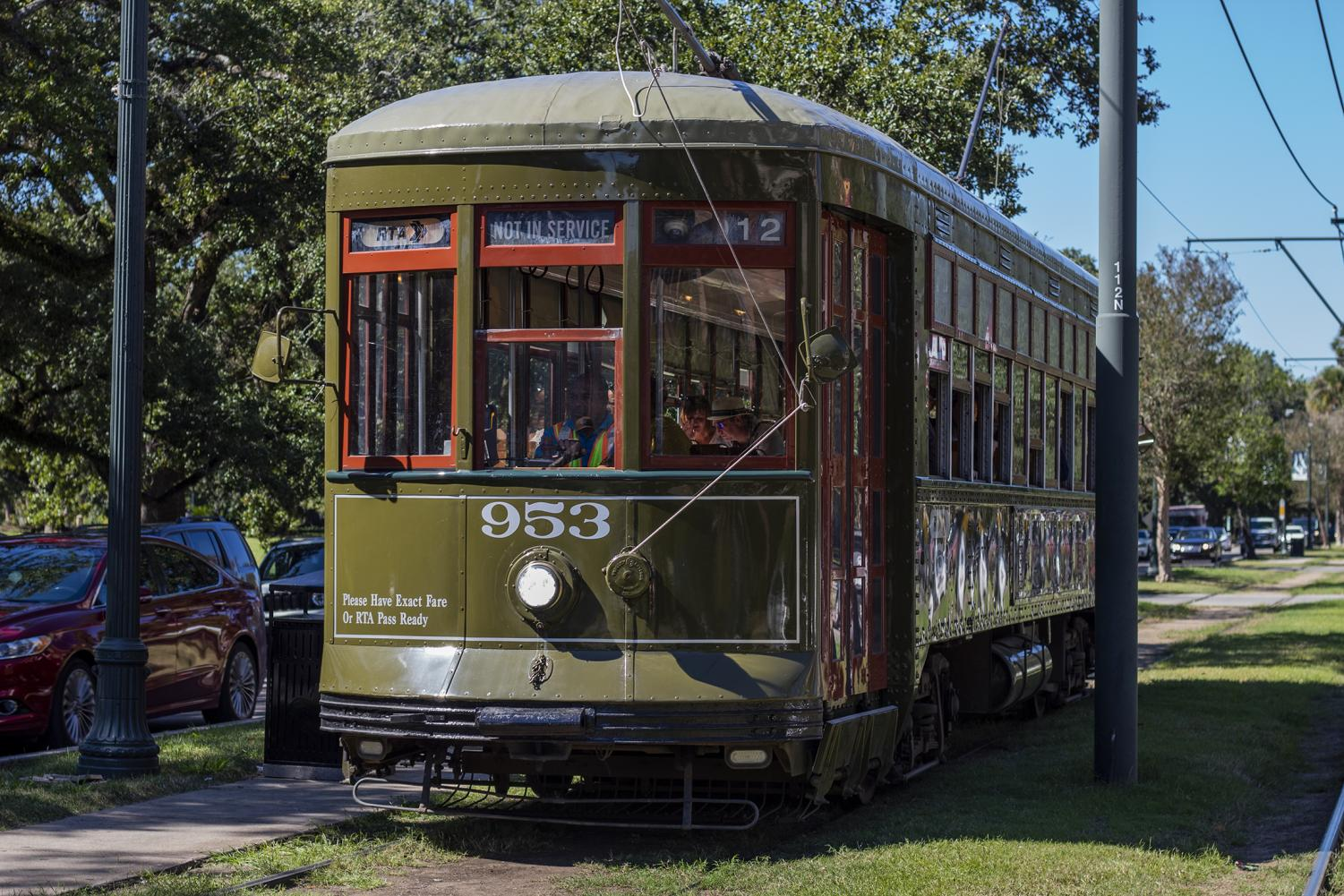 Streetcar headed toward S Carrollton Ave on October 23, 2019. This is one of the main forms of public transportation in New Orleans. Cristian Orellana/The Maroon.