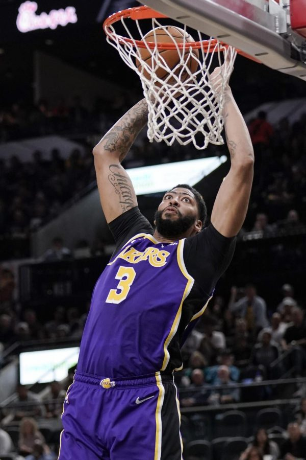 Opinion New Orleans Owes A Lot To Anthony Davis The Maroon