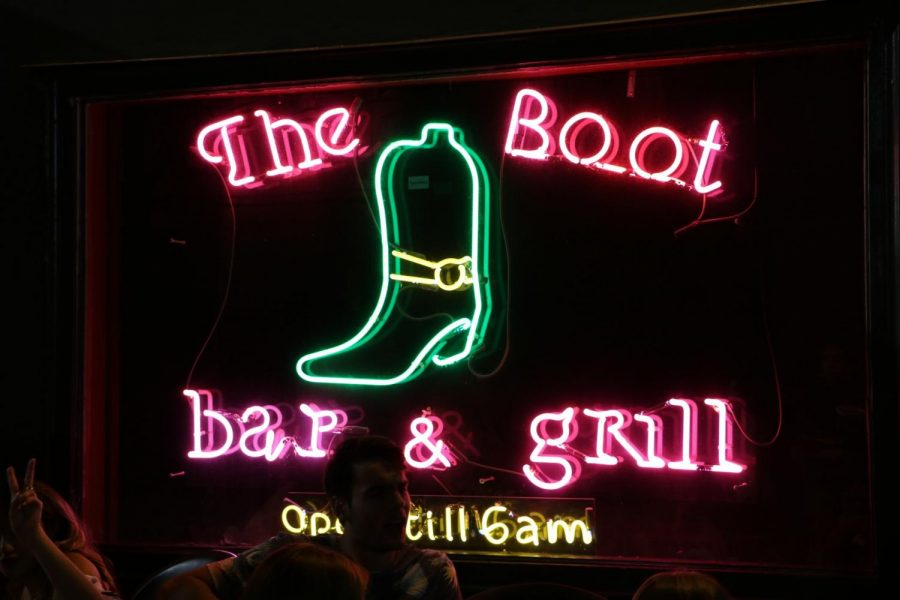 Outside of the The Boot Bar and Grill