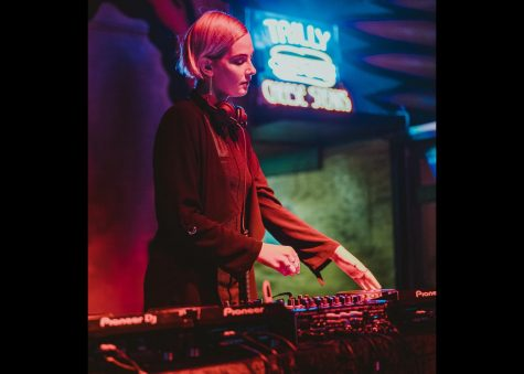 "Elisabeth ""Beth"" Cohen is mixing music at the Banks St. Bar. Cohen, class of 2020, is building her career as DJ Lady Lavender. Courtesy of Bryce Ell."